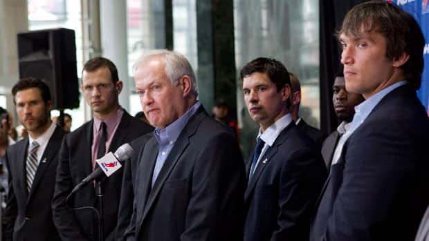 NHLPA Executive Director Donald Fehr, centre, stands with players (left to right) Steve Montador of the Chicago Blackhawks, Ottawa Senators' Jason Spezza, Pittsburgh Penguins' Sidney Crosby and Alex Ovechkin of the Washington Capitals as they speak to the press last month. (Chris Young/Canadian Press)
