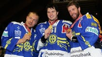 NHL players Niklas Hagman, left, Rick Nash, centre, and Joe Thornton are seen here during the last NHL lockout displaying their medals after winning the Swiss ice hockey championships with HC Davos. (Sebastian Derungs/Reuters)