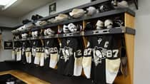 NHL dressing rooms have remained dormant since players were locked out in mid-September. (Dave Sandford/Getty Images)