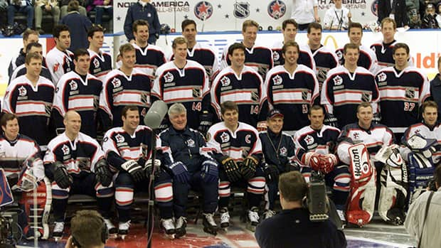 In this photo, Team North America NHL All-Stars pose for the team picture prior to the all-star game in 2000. What if a team like this was a permanent fixture? (Ryan Remiorz/Canadian Press)