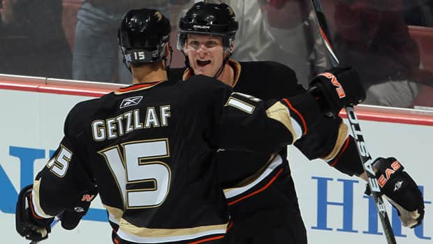 Corey Perry and Ryan Getzlaf (15) both become unrestricted free agents this summer if not re-signed by the Anaheim Ducks. (Jeff Gross/Getty Images)