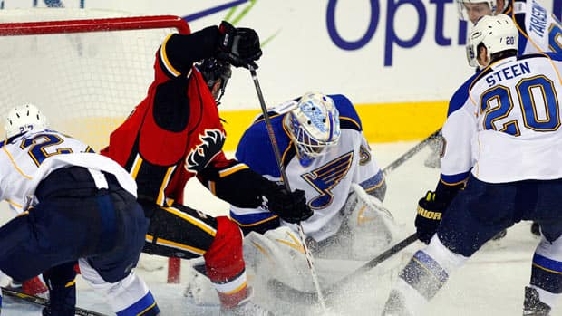 Blues' goalie Jake Allen put on quite a show in Calgary on Friday. (Canadian Press/Jeff McIntosh)