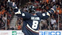 The ageless Teemu Selanne scored the go-ahead goal in Anaheim's 3-1 win over Detroit. (Harry How/Getty Images)