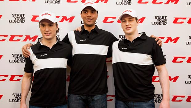 Top draft prospects Jonathan Drouin, left, Seth Jones, centre, and Nathan MacKinnon pose for a photo at a press conference last month. (Michelle Siu/Canadian Press)
