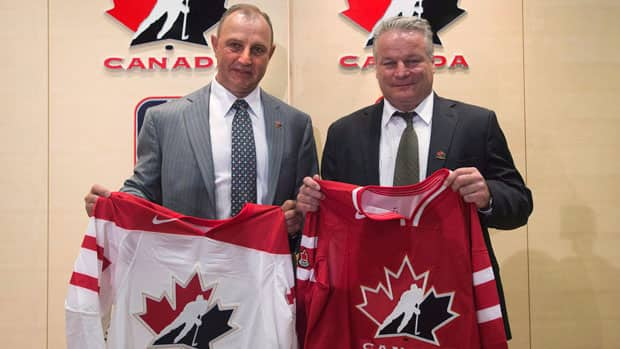 Brent Sutter, left, and Dale Hunter are Hockey Canada's new under-20 and under-18 head coaches, respectively. (Nathan Denette/Canadian Press)
