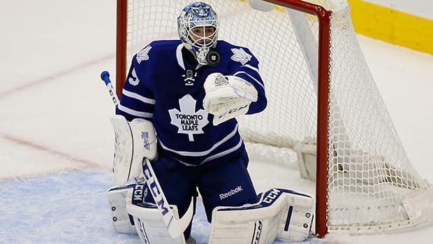 Toronto Maple Leafs goaltender Jonathan Bernier stopped 31 of the 33 shots he faced in Tuesday's 2-1 loss to the Colorado Avalanche on Tuesday. (John E. Sokolowski-USA TODAY Sports)