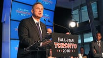 MLSE CEO Tim Leiweke wouldn't guarantee he'd stay with the company beyond June 30 of next year, according to sources. (Ron Turenne/NBAE via Getty Images)