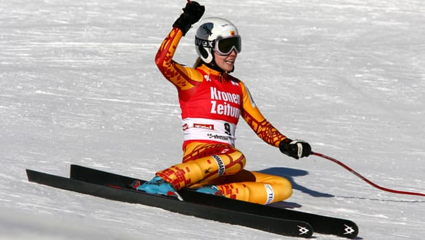 Kelly Vanderbeek of Kitchener, Ont., exults in finishing second in the women's downhill at St. Anton, Austria, on Dec. 21, 2007. (Getty Images)