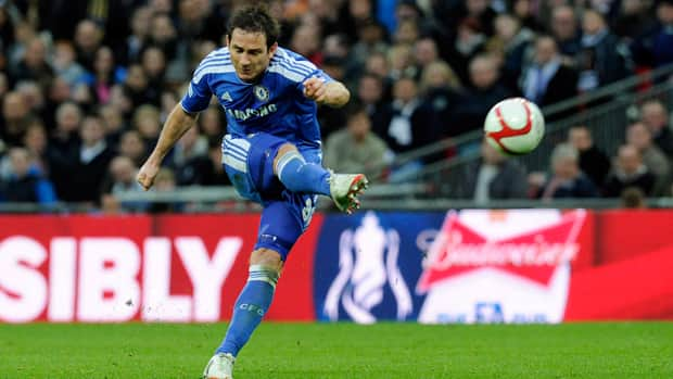 Chelsea's Frank Lampard is no stranger to controversial goals. (Tom Hevezi/Associated Press)