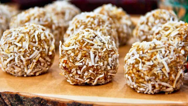 instant camping food - Carrot Cake Ball