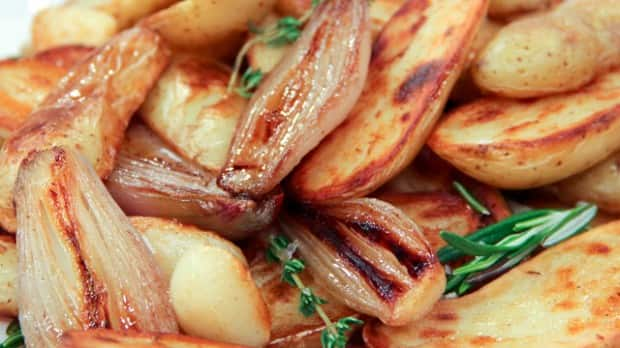 Pan-Roasted Fingerling Potatoes with Shallots - Steven and Chris