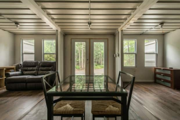 Ottawa Man's Ad to Sell Shipping Container Home Goes Viral