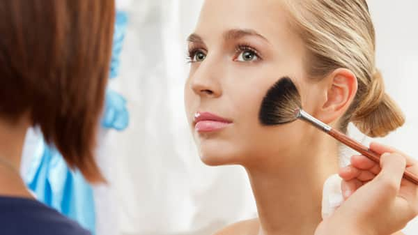 Beauty Master Class: Contouring