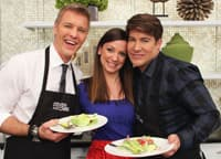 Kary Osmond shares some dinner-worthy salad recipes with Steven and Chris.