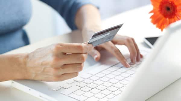 buyer_beware_online_shopping_tips.jpg