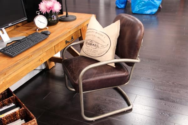 chair-desk.jpg