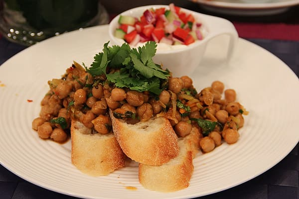 curried_chickpeas_chole1.jpg