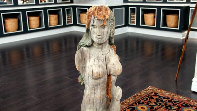 Wood carving of female, 18c