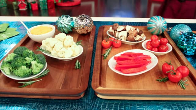 Eat This, Not That: Holiday Veggie Platter