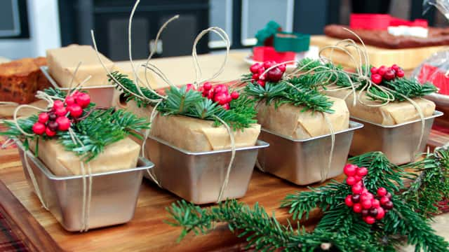 4 Fun Ways To Package Holiday Baking Steven And Chris