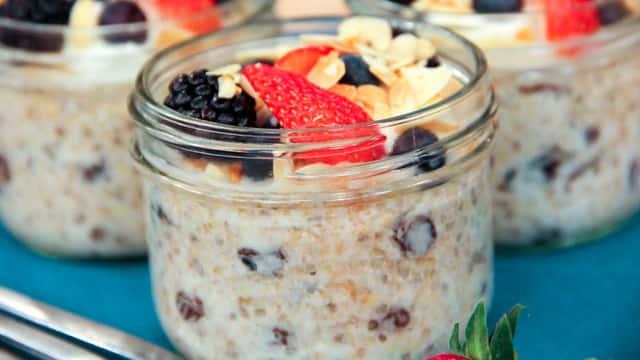 Mason Jar Ancient Grain Breakfast