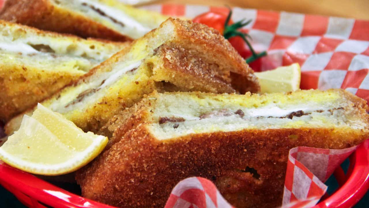 Dutch Oven Cheese Bread Recipes