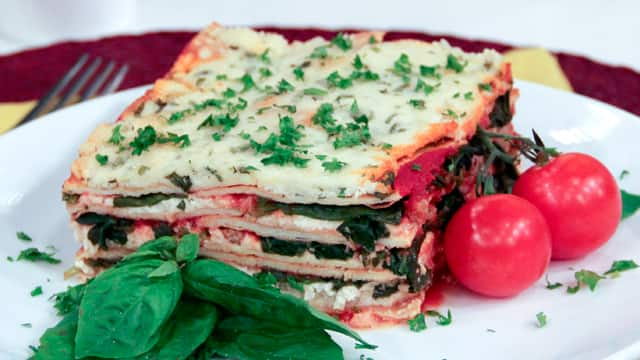 Spinach Sausage Lasagna - Steven and Chris