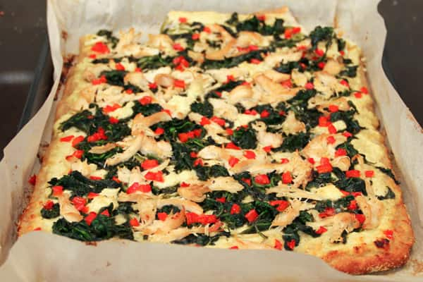 spinach_and_artichoke_pizza1.jpg