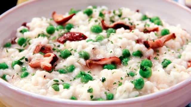 Shiitake And Sweet Pea Risotto Recipe — Dishmaps