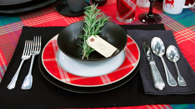Winter Tabletop Trends: Plaid