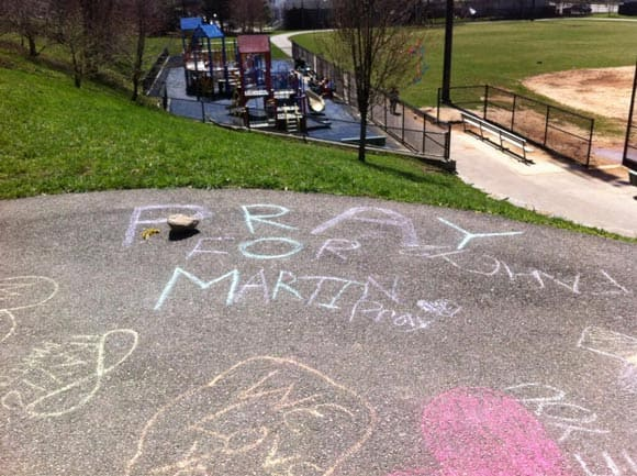 8-year-old-boy-killed-in-boston-marathon-bombings-remembered-by-friends-with-chalk-memorial-feature1.jpg