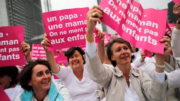 Frances-new-president-moving-ahead-with-plans-to-legalize-same-sex-marriage-and-allow-gay-couples-to-adopt-feature2.jpg