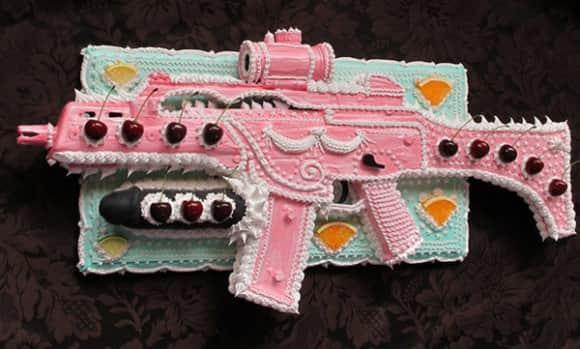 Gun_Cake_Art_3.jpg