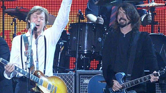 Paul-McCartney-to-apparently-fill-in-for-kurt-cobain-in-one-off-nirvana-reunion-at-benefit-gig-for-victims-of-hurricane-sandy-feature1.jpg