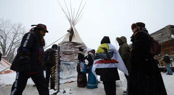 Prime-minister-to-meet-with-first-nations-chiefs-next-week-as-attawapiskat-chief-marks-25th-day-of-hunger-strike-feature3.jpg