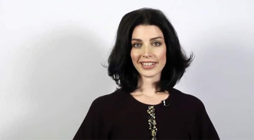 Jessica Paré Talks About The Surfing At Pacific Rim National Park's Long Beach