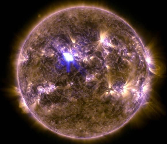 Solar_Flare4.jpg