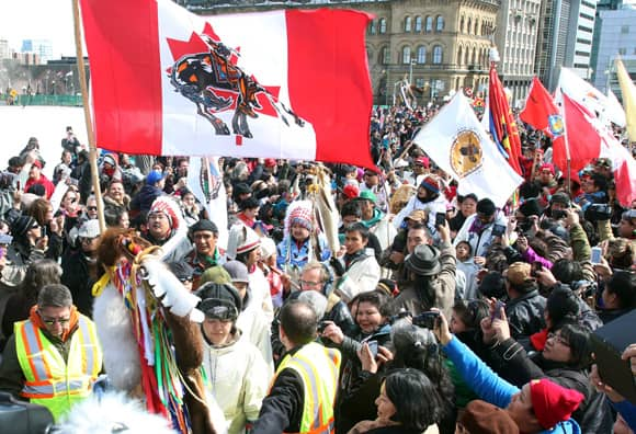 aboriginal-crowd.jpg