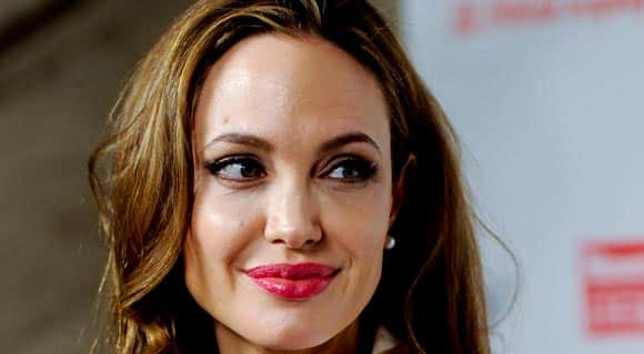 angelina-jolie-the-reaction-to-her-double-mastectomy-feature2.jpg