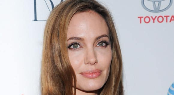 angelina-jolie-the-reaction-to-her-double-mastectomy-feature4.jpg