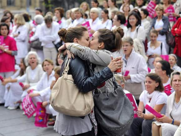 anti-same-sex-france-girls.jpg