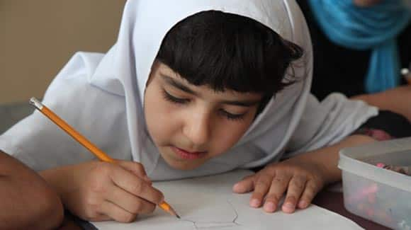 as-14-year-old-Malala-Yousafzai-fights-for-her-life-today-is-the-first-ever-international-day-of-the-girl-feature6.jpg
