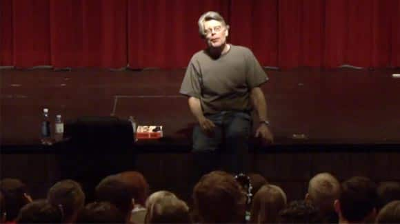 awesome-thing-of-the-day-The-master-of-horror-stephen-king-shocks-students-at-a-high-school-in-new-brunswick-feature3.jpg