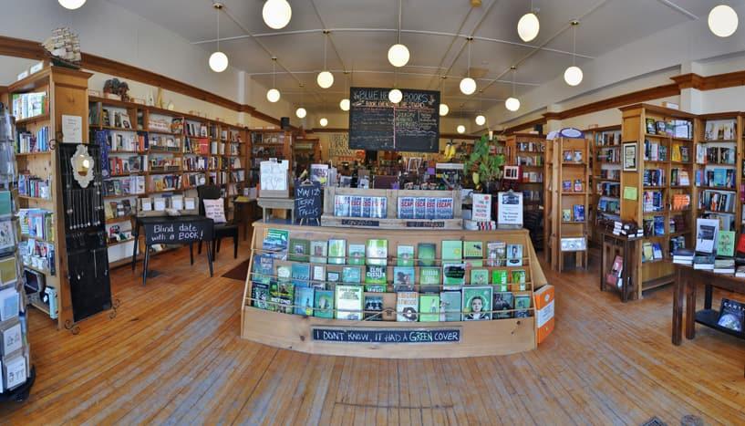 Uxbridge, ON: Blue Heron Books