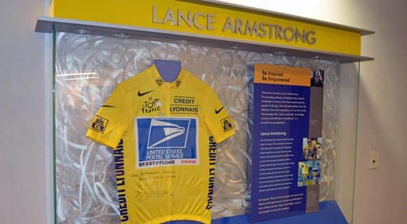 canadian-cancer-centre-trying-to-decide-what-to-do-with-lance-armstrong-display-and-autographed-jersey-feature1.jpg