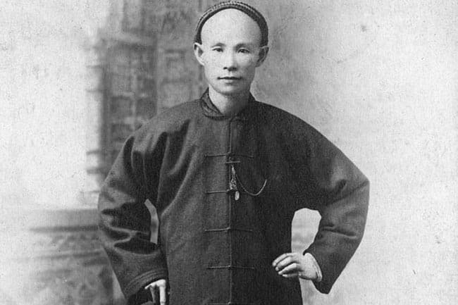 1903: Chinese head tax increases to $500