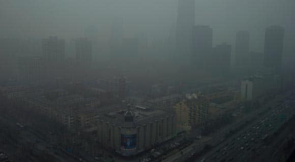 chinese-media-calls-out-government-over-dangerous-levels-of-pollution-and-smog-feature2.jpg
