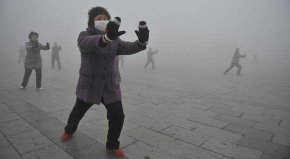 chinese-media-calls-out-government-over-dangerous-levels-of-pollution-and-smog-feature3.jpg