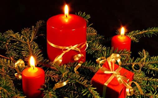 christmascandlesfeature.jpg