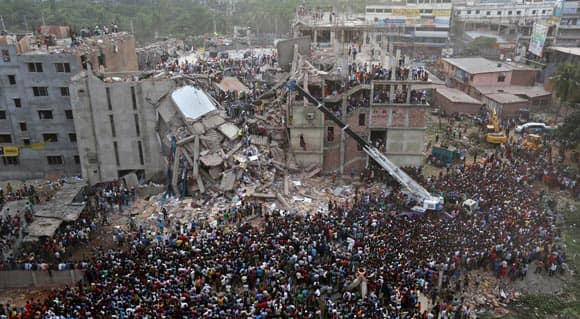 fast-fashion-western-retailers-and-the-bangladesh-building-collapse-feature2.jpg